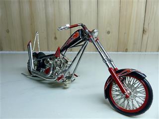 Orange County Choppers Paul Sr. Custom Rigid 1/18 Scale diecast bikes