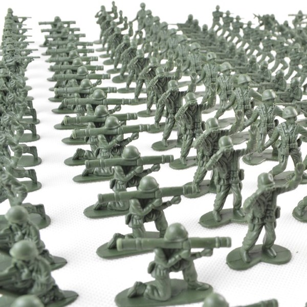 plastic 1/72 small world war 2 soldier miniatures military